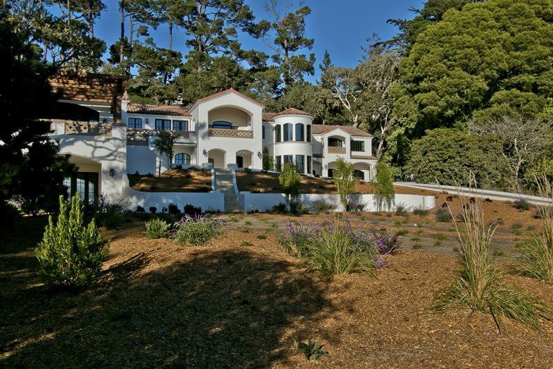 Coldwell banker global luxury blog luxury home style for 17 mile drive celebrity homes
