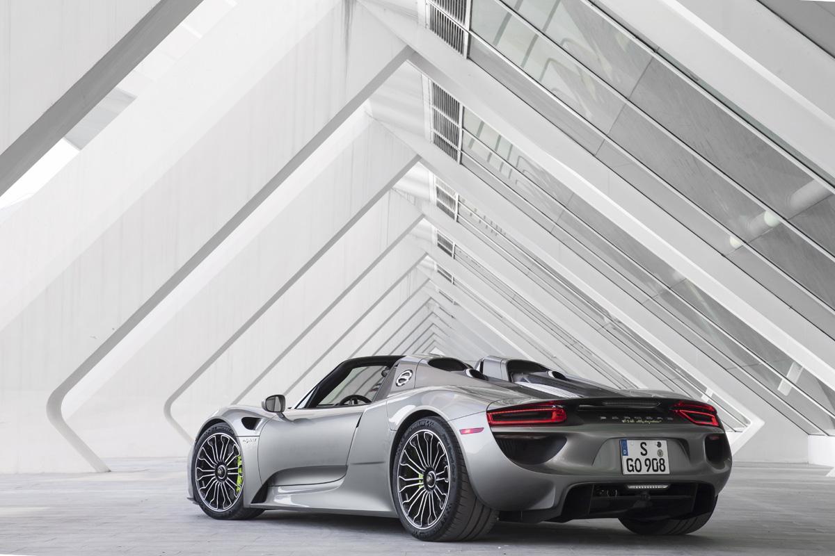 Porsche 2015 918 Spyder